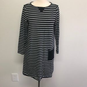 JJILL Tunic/Dress Size M Black/Gray Stripe
